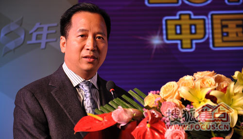 全国工商联衣柜专委会会长、索菲亚董事长江淦钧