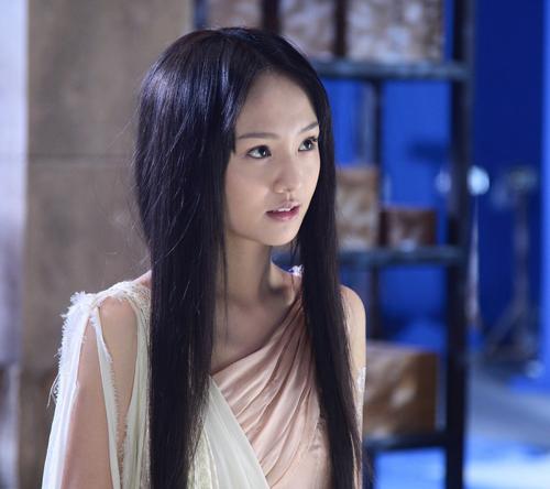 2011年毕业于北京电影学院07级表演系本科班.