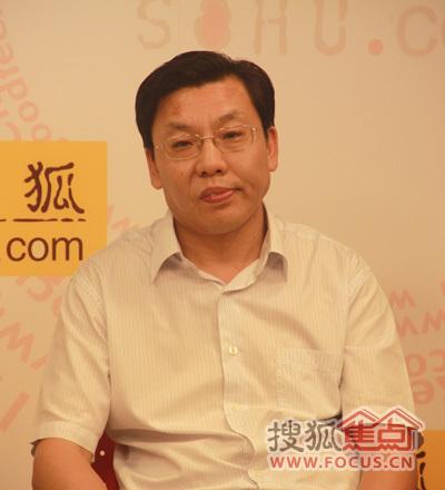 中国商业联合会副会长 王 民
