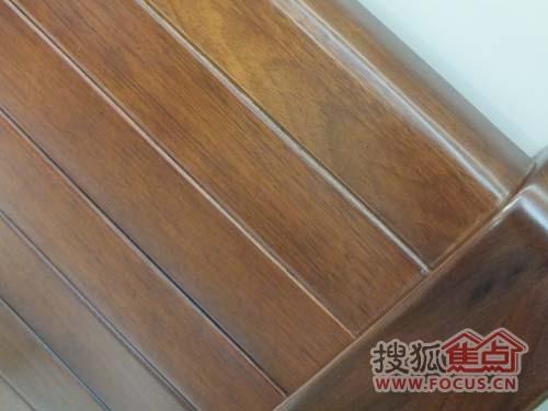 合肥实木:华鹤实木床 外型与内在兼具