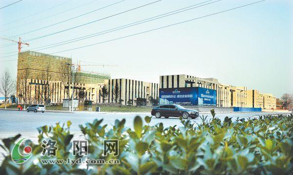 洛阳恒生科技园办公楼外部装修完成 招商中心进驻