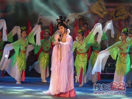 梨花颂简谱歌谱-与春天同行 站前区2013年春节联欢会隆重上演