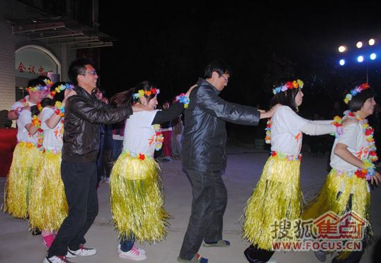 集体跳兔子舞