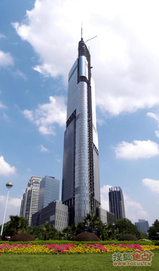 废品小制作高楼大厦