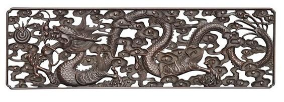 伍炳亮作品:小叶紫檀雕云龙纹架子床局部雕花