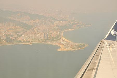 飞机上俯瞰烟台海边盛景(点击图片进入下一页)