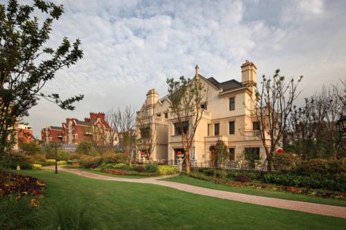 英伦别墅庭院植物景观