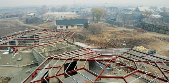 齐齐哈尔龙沙动植物园综合楼等主体工程完工
