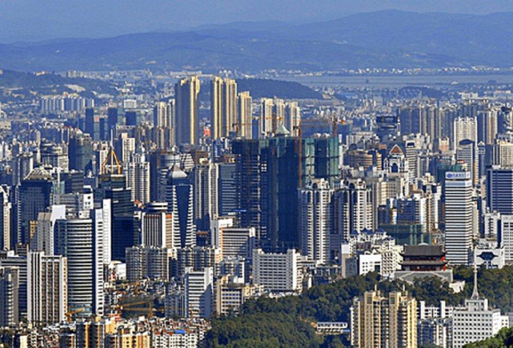 武汉和重庆两个城市哪一个城市更好?(综合来说)