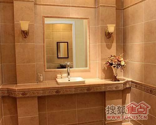 瓷砖花纹类型的橱柜