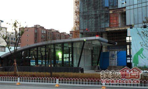 昆明广场与地铁站无缝连接
