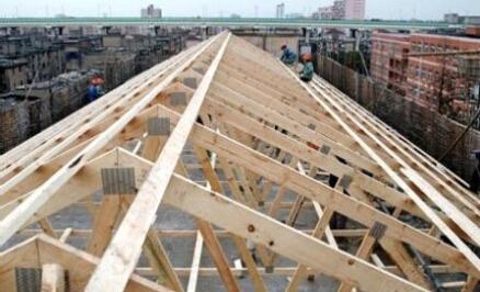 将向普通商品房推广木结构建筑技术,用于木骨架墙体,平改坡方面.