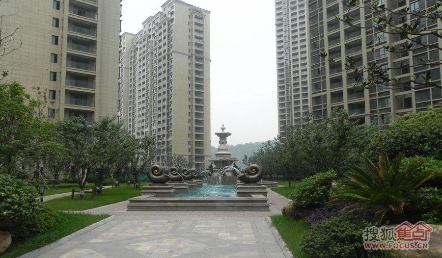 旭日上城三期景观示范区最新谍照,在售61平单室套及107-141平大户型