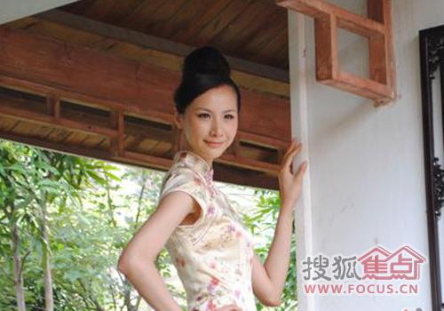 图:中国cctv模特冠军郭思雅小姐亲临振宁现代鲁班
