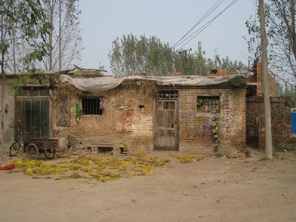 图:实拍中国农村房子 告诉你什么叫做差距