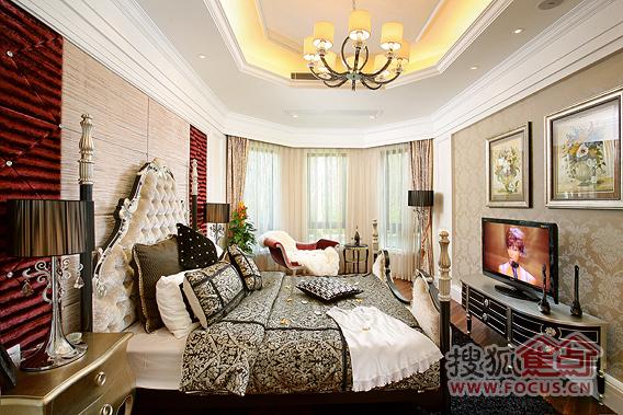 欧式奢华三房主卧图片