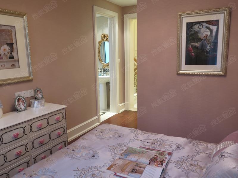 中海悦府130平方米联排别墅样板间图 二层儿童房高清图片