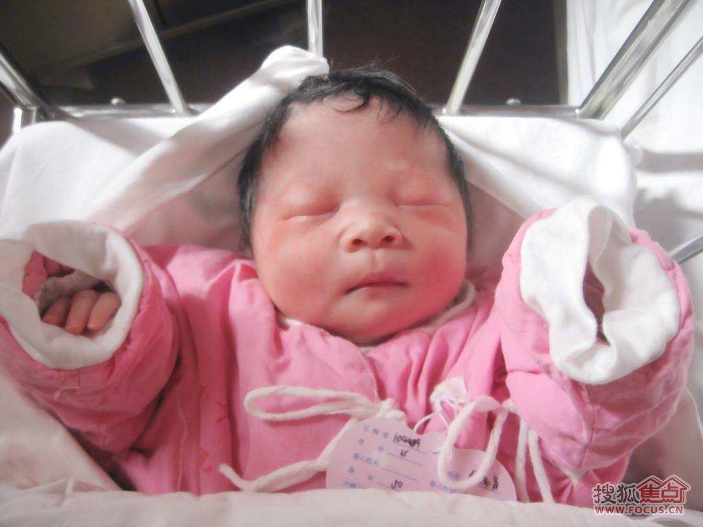 刚出生的宝宝囹�a_宝宝刚出生