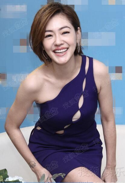 陈汉典女���+�,_小s与蔡康永比v卖萌 干冰狂喷陈汉典秒变女汉子