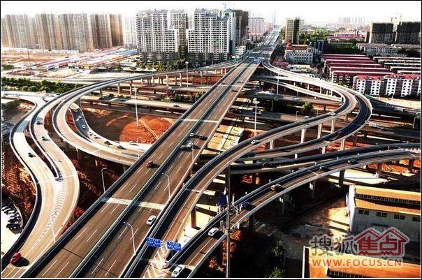 中华北大街的高架桥震撼全景照