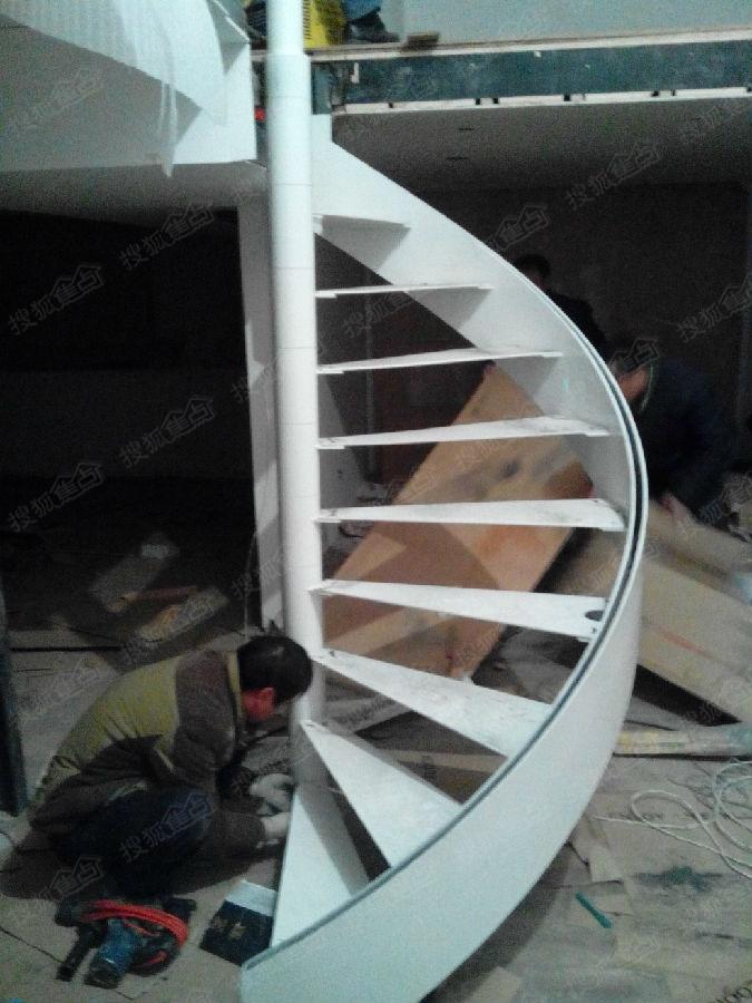 苏州挑高复式钢结构隔层阁楼,钢结构楼梯,钢木楼梯15962433194钢