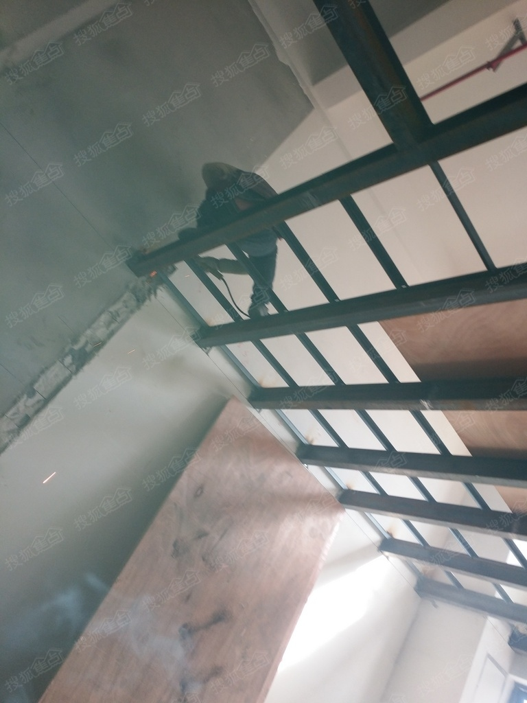 苏州惠诚钢结构,阁楼,挑高楼加层,复试楼隔层,钢结构楼梯