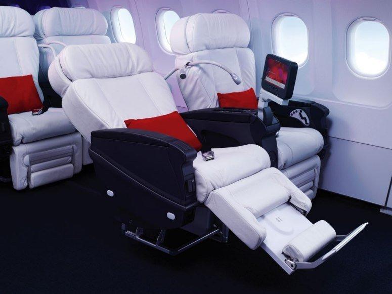飞机上最奢华头等舱 揭秘空姐们天上闺房