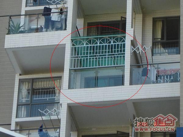 平顶钢结构阳台