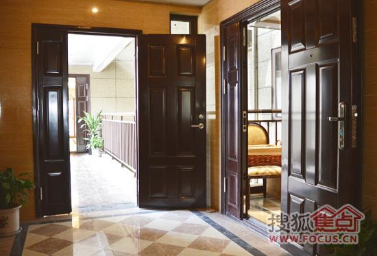 高层住宅2#楼入户精装门厅高清图片