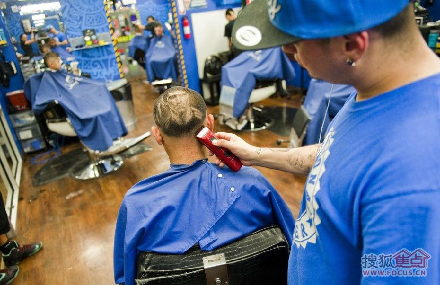 世界杯流行发型 梅西画头上