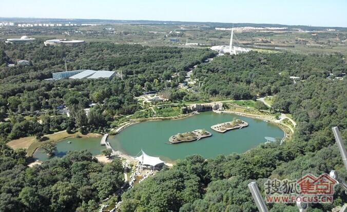 夏消暑好去处 沈阳世博园 变身 大型水上乐园