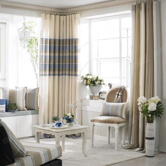 窗帘布图案主要有两种类型,即:抽象型(又叫几何形),如方,圆,条纹