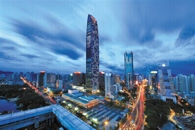 北环大道,梅林-布心通道,清平高速,龙岗大道组成便捷高速网路,3号线
