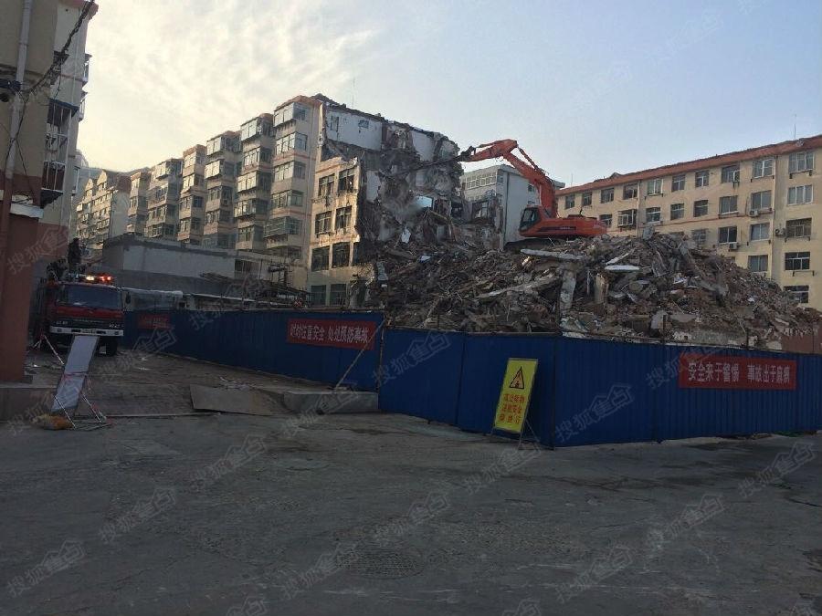 据山东省威海市相关部门介绍,威海市区竹岛路一居民楼22日8时许发生
