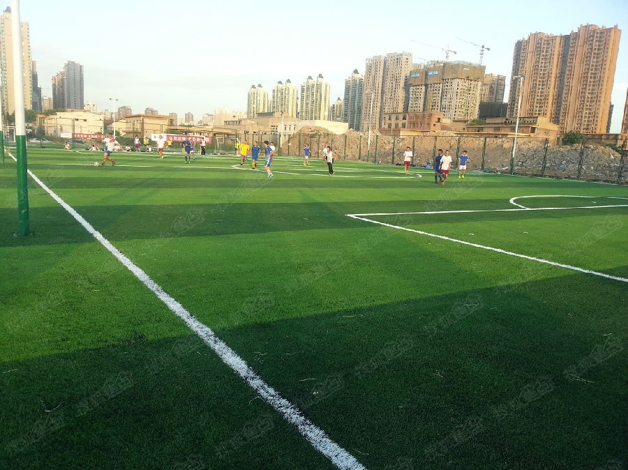 7人制足球场地尺寸_5人制足球场地尺寸_足球七人制场地尺寸