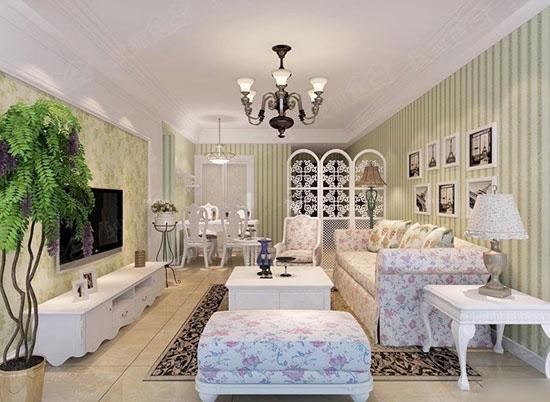 碎花沙发搭配白色木家具,简约而清新.